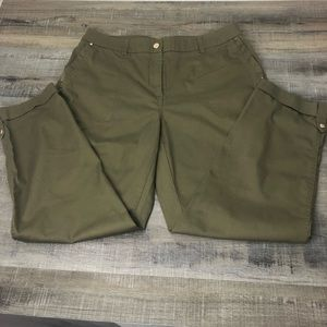 Chico's Luxe Utility Convertible Ankle Pant 1P